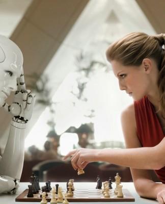 Uomo contto Robot
