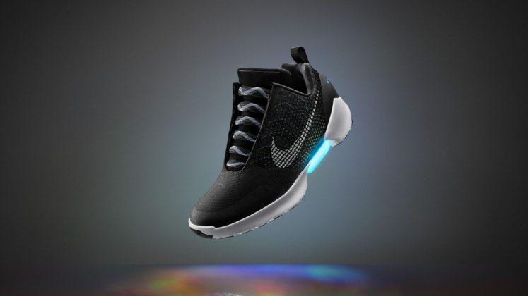 Nike Earl Black