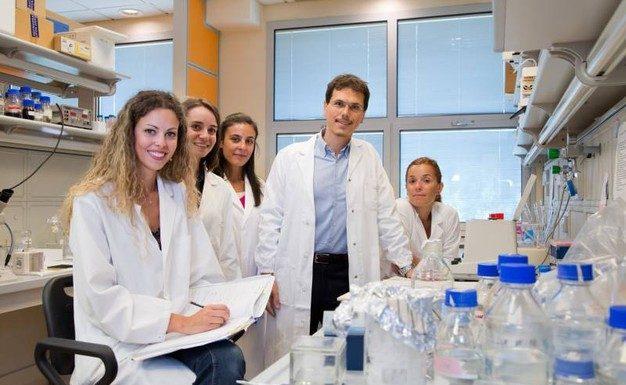 Il prof. D'Amelio e la sua equipé