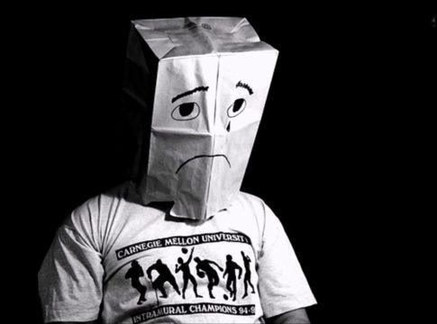 La vergogna è un sentimento che tutti conosciamo ma da dove origina?