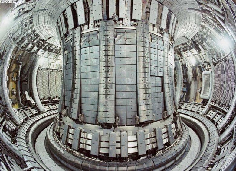Interno del reattore a fusione nucleare ITER