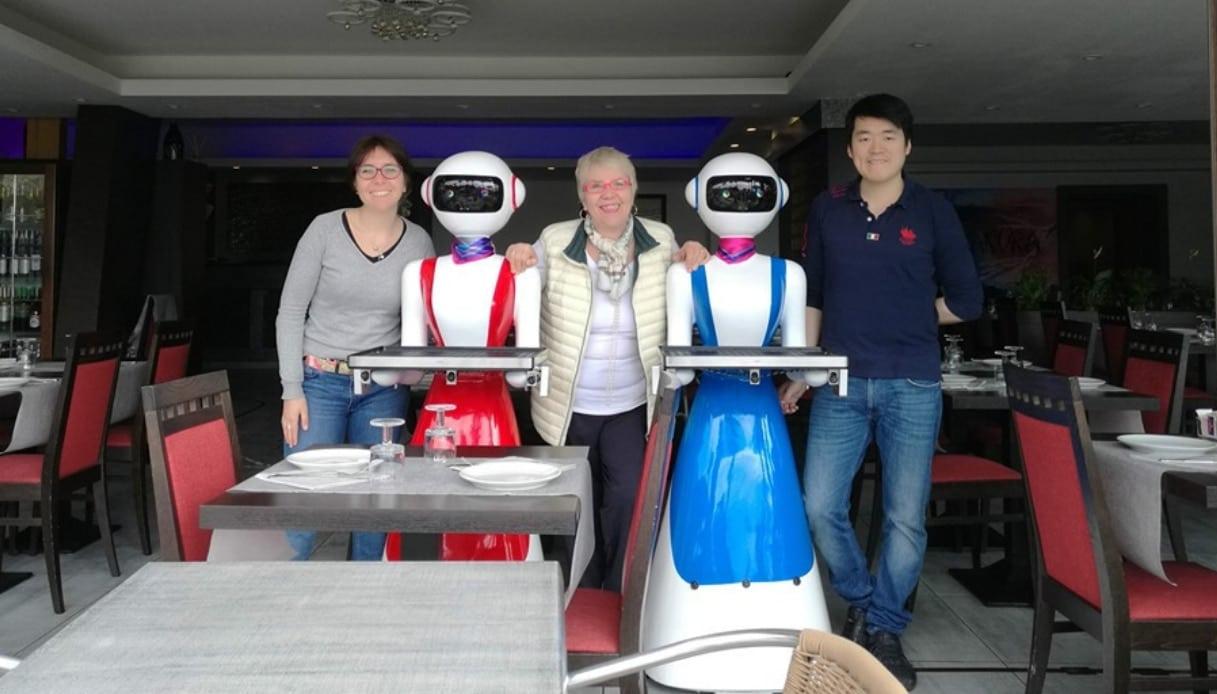 Camerieri robot a Rapallo