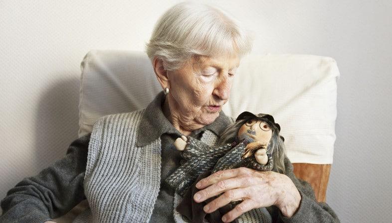 Ivo Cilesi - Doll Therapy  Crediti: www.dilei.it