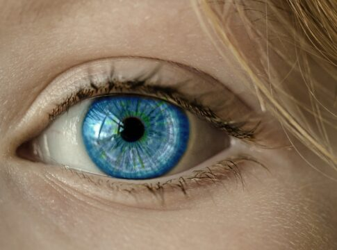 coronavirus occhi