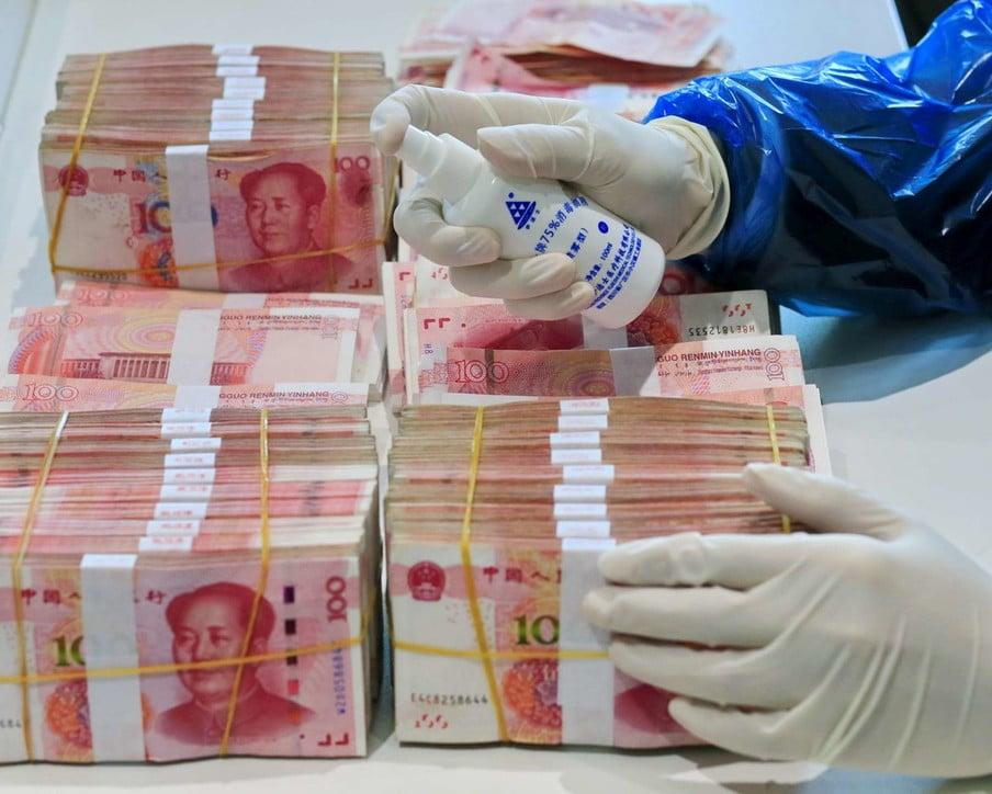 Disinfezione banconote sopravvivenza coronavirus superfici