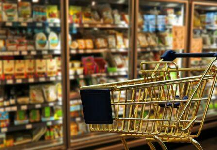 Perché la nostra coda al supermercato ci sembra sempre quella più lenta?
