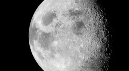 Come produrre acqua sulla Luna a partire dal terreno lunare