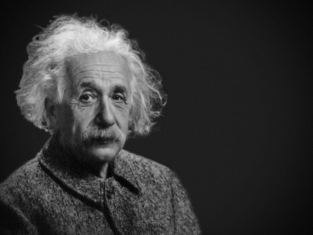 foto in bianco e nero di Albert Einstein